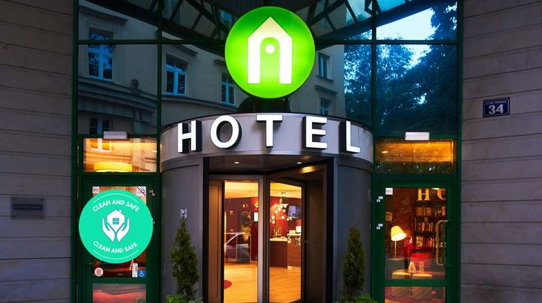 """Campanile Hotel Exterior. Images powered by <a href=""""http://web.iceportal.com"""" target=""""_blank"""" rel=""""noopener"""">Ice Portal</a>."""