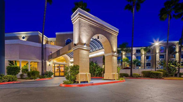 """Best Western Escondido Hotel Exterior. Images powered by <a href=""""http://web.iceportal.com"""" target=""""_blank"""" rel=""""noopener"""">Ice Portal</a>."""