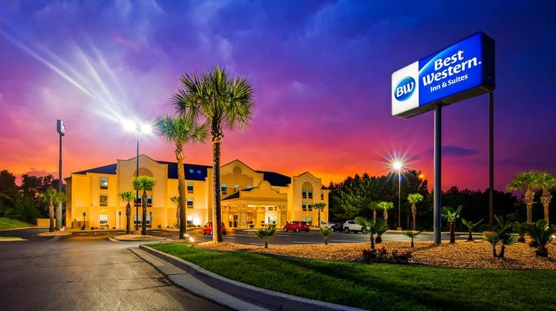 """Best Western Bradbury Inn  and  Suites Exterior. Images powered by <a href=""""http://web.iceportal.com"""" target=""""_blank"""" rel=""""noopener"""">Ice Portal</a>."""