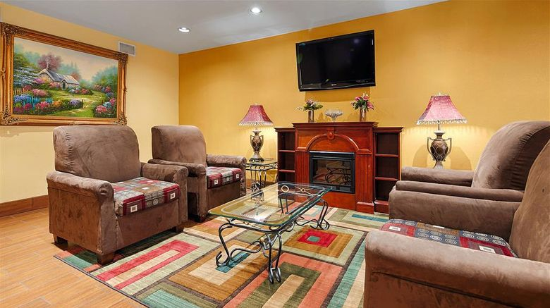 """Best Western Canton Inn Lobby. Images powered by <a href=""""http://web.iceportal.com"""" target=""""_blank"""" rel=""""noopener"""">Ice Portal</a>."""