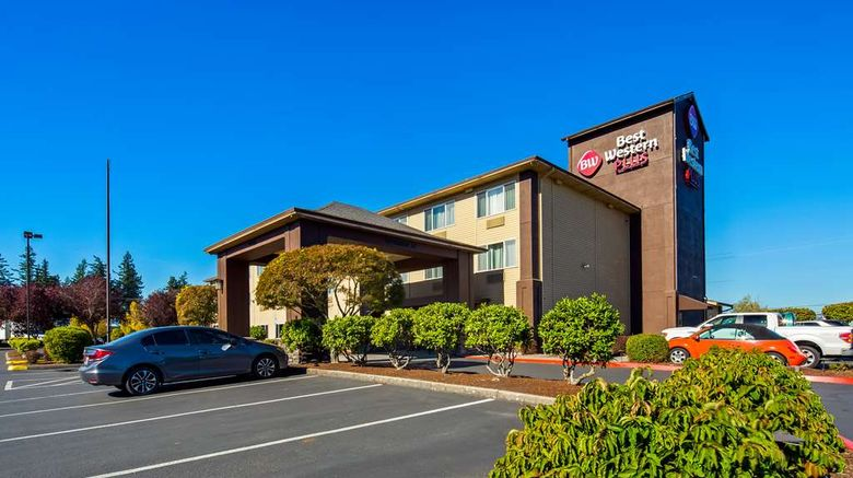 """Best Western Plus Cascade Inn  and  Suites Exterior. Images powered by <a href=""""http://web.iceportal.com"""" target=""""_blank"""" rel=""""noopener"""">Ice Portal</a>."""