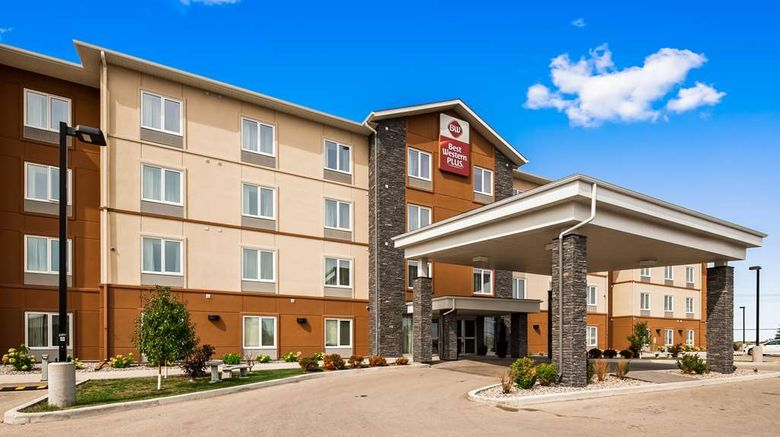 """Best Western Plus Winnipeg West Exterior. Images powered by <a href=""""http://web.iceportal.com"""" target=""""_blank"""" rel=""""noopener"""">Ice Portal</a>."""