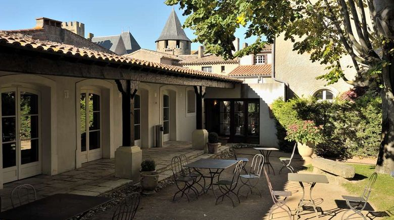 """Best Western Le Donjon Les Remparts Exterior. Images powered by <a href=""""http://web.iceportal.com"""" target=""""_blank"""" rel=""""noopener"""">Ice Portal</a>."""