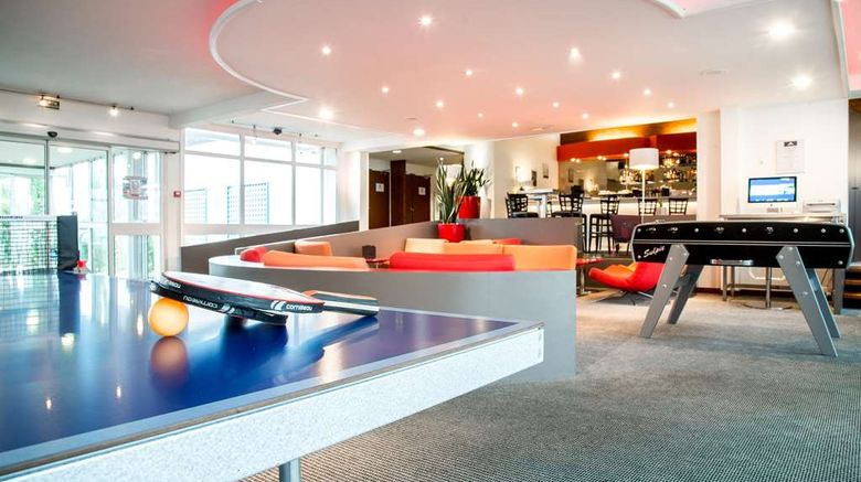 """Best Western Saint Etienne Aeroport Lobby. Images powered by <a href=""""http://web.iceportal.com"""" target=""""_blank"""" rel=""""noopener"""">Ice Portal</a>."""