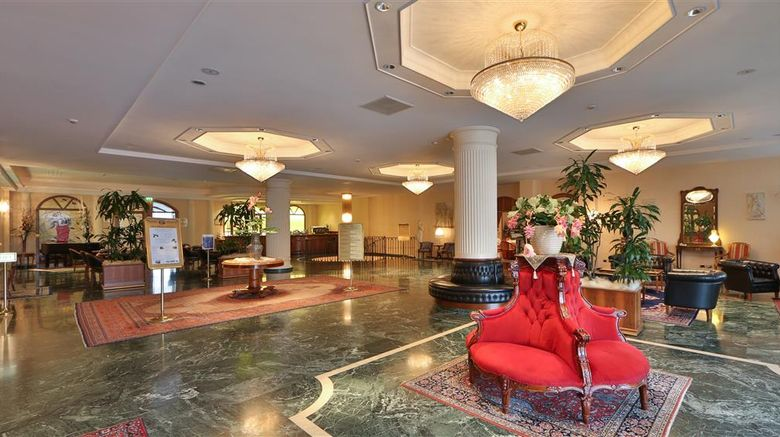 """Best Western Hotel Globus City Lobby. Images powered by <a href=""""http://web.iceportal.com"""" target=""""_blank"""" rel=""""noopener"""">Ice Portal</a>."""