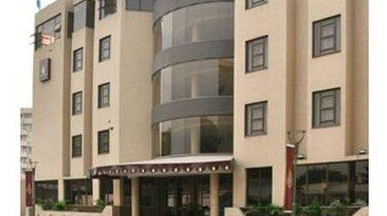 """Hotel Royal Exterior. Images powered by <a href=""""http://web.iceportal.com"""" target=""""_blank"""" rel=""""noopener"""">Ice Portal</a>."""