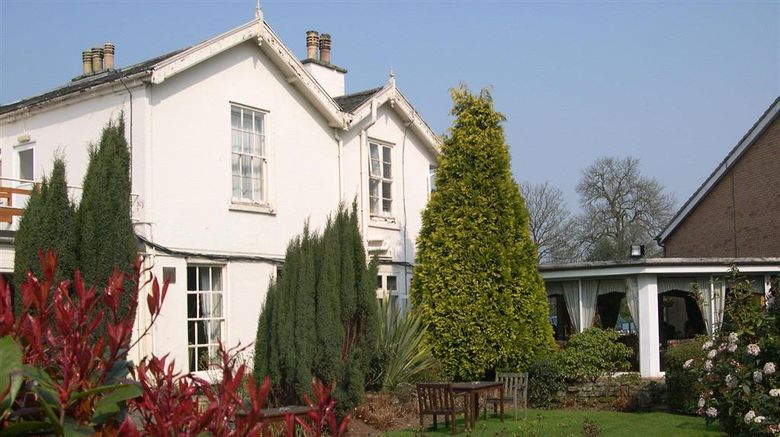 """Stone House Hotel Exterior. Images powered by <a href=""""http://web.iceportal.com"""" target=""""_blank"""" rel=""""noopener"""">Ice Portal</a>."""