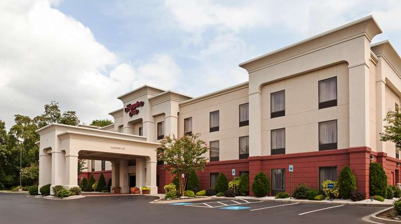 """Hampton Inn Elkton Exterior. Images powered by <a href=""""http://web.iceportal.com"""" target=""""_blank"""" rel=""""noopener"""">Ice Portal</a>."""