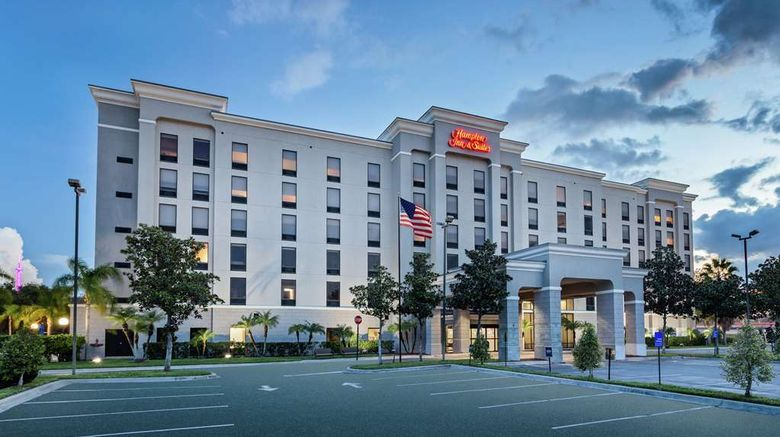 """Hampton Inn  and  Suites Orlando Intl Dr N Exterior. Images powered by <a href=""""http://web.iceportal.com"""" target=""""_blank"""" rel=""""noopener"""">Ice Portal</a>."""