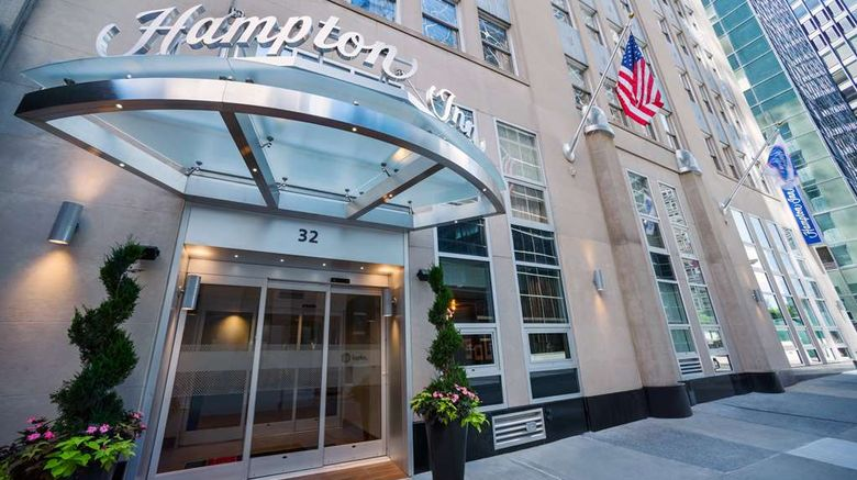 """Hampton Inn Manhattan/Downtown-Financial Exterior. Images powered by <a href=""""http://web.iceportal.com"""" target=""""_blank"""" rel=""""noopener"""">Ice Portal</a>."""