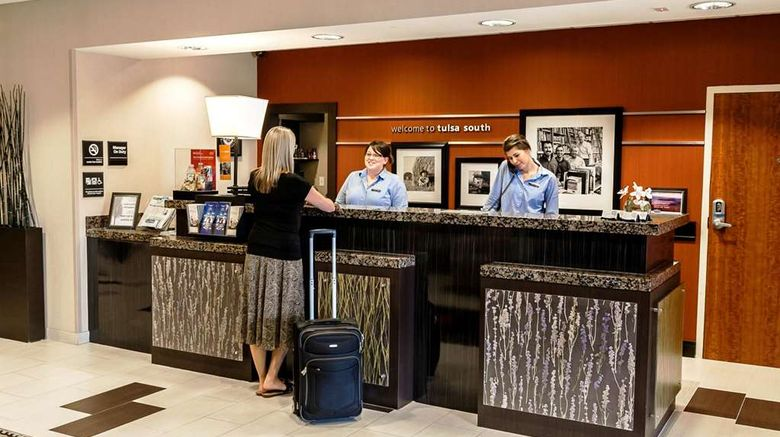 """Hampton Inn  and  Suites Tulsa/Hills Lobby. Images powered by <a href=""""http://web.iceportal.com"""" target=""""_blank"""" rel=""""noopener"""">Ice Portal</a>."""