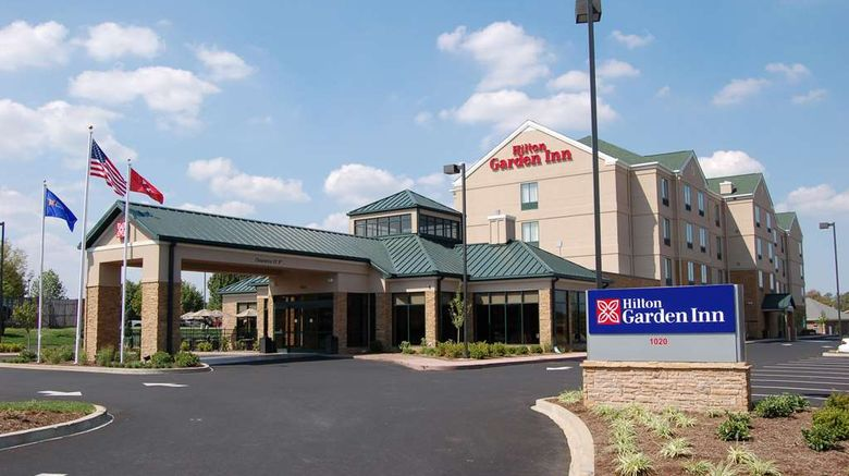 """Hilton Garden Inn Bowling Green Exterior. Images powered by <a href=""""http://web.iceportal.com"""" target=""""_blank"""" rel=""""noopener"""">Ice Portal</a>."""