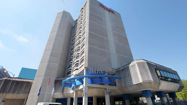 """Hilton Crystal City Exterior. Images powered by <a href=""""http://web.iceportal.com"""" target=""""_blank"""" rel=""""noopener"""">Ice Portal</a>."""