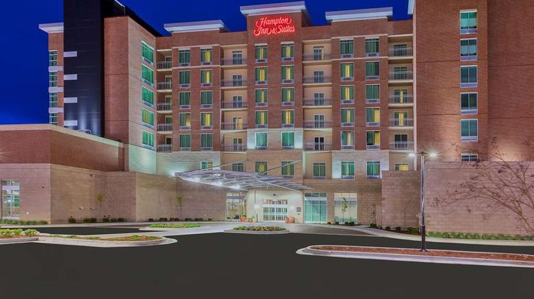 """Hampton Inn/Suites Downtown Waterfront Exterior. Images powered by <a href=""""http://web.iceportal.com"""" target=""""_blank"""" rel=""""noopener"""">Ice Portal</a>."""