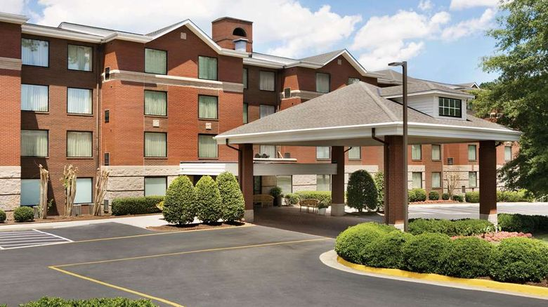 """Homewood Suites by Hilton Williamsburg Exterior. Images powered by <a href=""""http://web.iceportal.com"""" target=""""_blank"""" rel=""""noopener"""">Ice Portal</a>."""