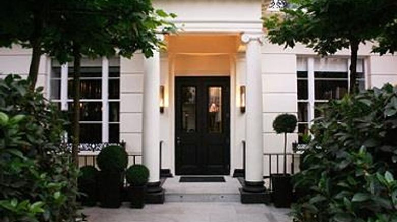 """La Suite West Hyde Park Exterior. Images powered by <a href=""""http://web.iceportal.com"""" target=""""_blank"""" rel=""""noopener"""">Ice Portal</a>."""