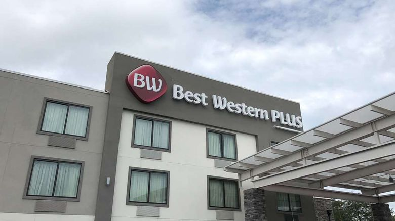 """Best Western Bowling Green Exterior. Images powered by <a href=""""http://web.iceportal.com"""" target=""""_blank"""" rel=""""noopener"""">Ice Portal</a>."""
