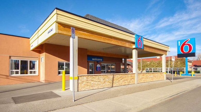 """Motel 6 Lethbridge Exterior. Images powered by <a href=""""http://web.iceportal.com"""" target=""""_blank"""" rel=""""noopener"""">Ice Portal</a>."""