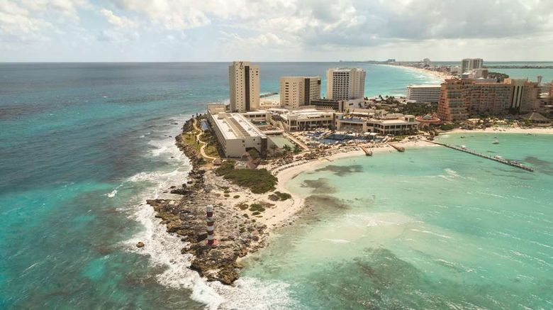 """Hyatt Ziva Cancun Resort  and  Turquoize Twr Exterior. Images powered by <a href=""""http://web.iceportal.com"""" target=""""_blank"""" rel=""""noopener"""">Ice Portal</a>."""