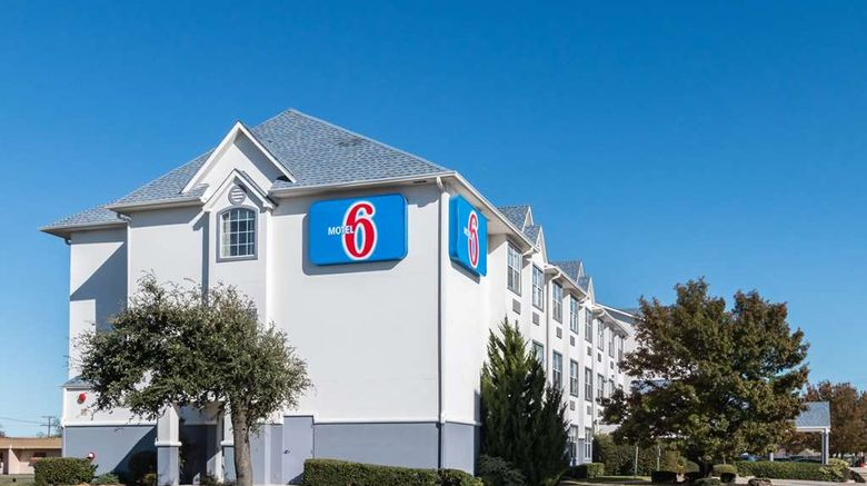 """Motel 6 Forth Worth Burleson Exterior. Images powered by <a href=""""http://web.iceportal.com"""" target=""""_blank"""" rel=""""noopener"""">Ice Portal</a>."""