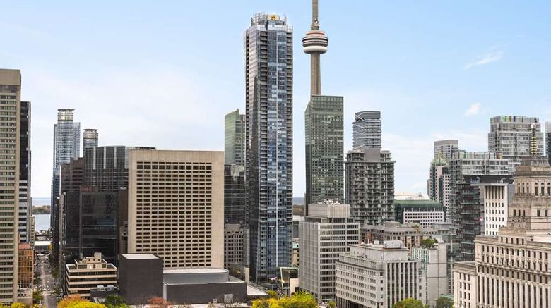 """Shangri-La Hotel, Toronto Exterior. Images powered by <a href=""""http://web.iceportal.com"""" target=""""_blank"""" rel=""""noopener"""">Ice Portal</a>."""