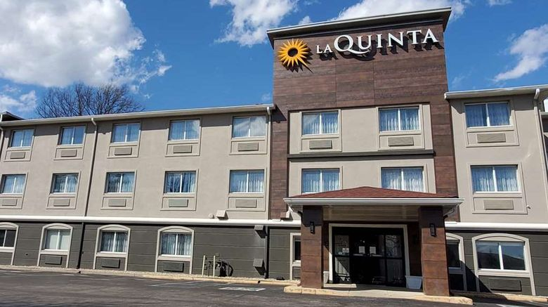 """La Quinta Inn Indianapolis N at Pyramids Exterior. Images powered by <a href=""""http://web.iceportal.com"""" target=""""_blank"""" rel=""""noopener"""">Ice Portal</a>."""