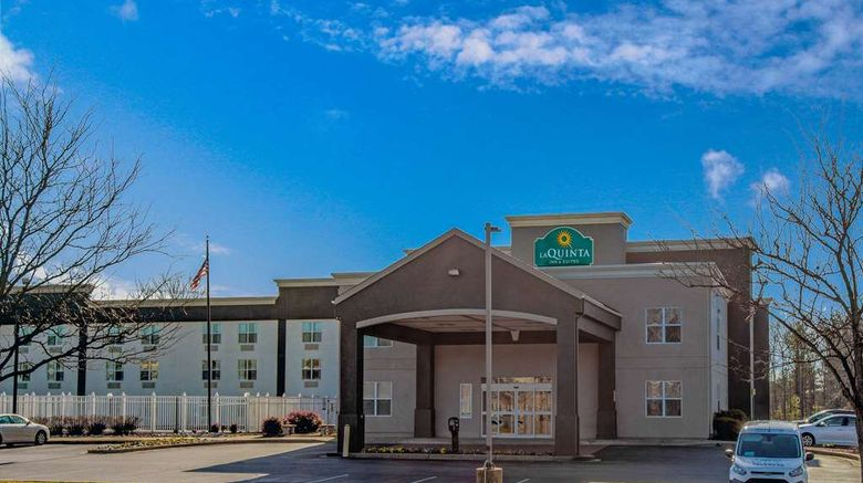 """La Quinta Inn  and  Suites Lexington Park Exterior. Images powered by <a href=""""http://web.iceportal.com"""" target=""""_blank"""" rel=""""noopener"""">Ice Portal</a>."""