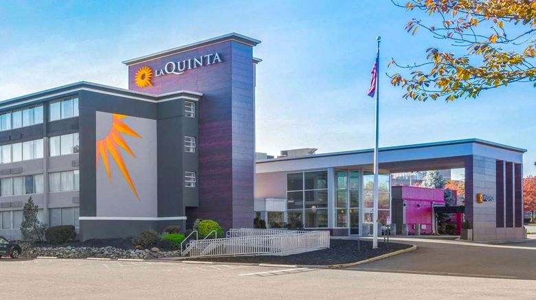 """La Quinta Inn  and  Suites Clifton Exterior. Images powered by <a href=""""http://web.iceportal.com"""" target=""""_blank"""" rel=""""noopener"""">Ice Portal</a>."""