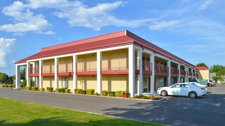"""Americas Best Value Inn Barnes Crossing Exterior. Images powered by <a href=""""http://web.iceportal.com"""" target=""""_blank"""" rel=""""noopener"""">Ice Portal</a>."""