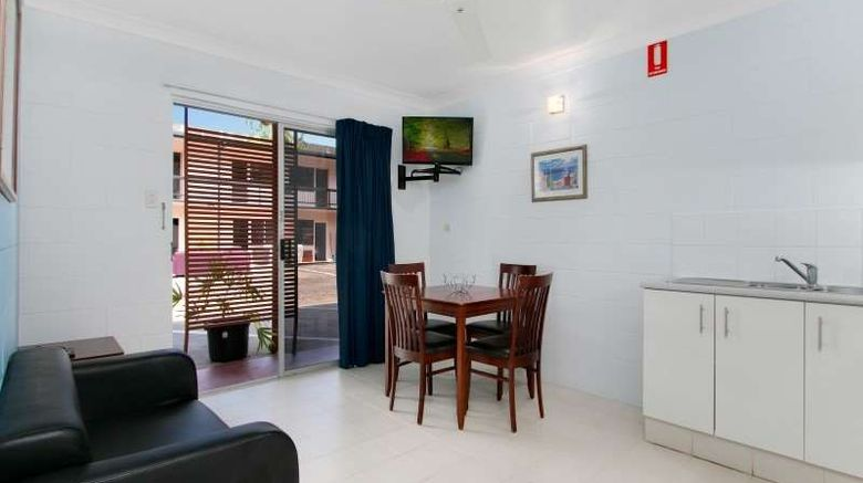 """Cairns City Palms Room. Images powered by <a href=""""http://web.iceportal.com"""" target=""""_blank"""" rel=""""noopener"""">Ice Portal</a>."""