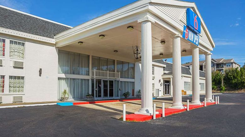 """Motel 6 Vicksburg Exterior. Images powered by <a href=""""http://web.iceportal.com"""" target=""""_blank"""" rel=""""noopener"""">Ice Portal</a>."""