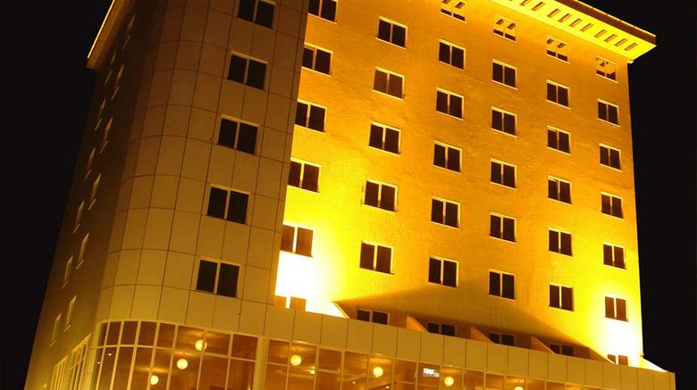 """Dreamliner Hotel Exterior. Images powered by <a href=""""http://web.iceportal.com"""" target=""""_blank"""" rel=""""noopener"""">Ice Portal</a>."""