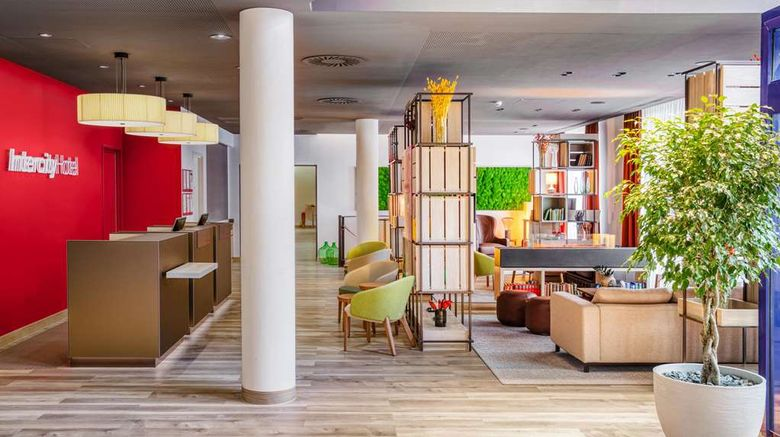 """InterCityHotel Nuremberg Lobby. Images powered by <a href=""""http://web.iceportal.com"""" target=""""_blank"""" rel=""""noopener"""">Ice Portal</a>."""