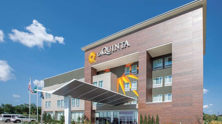 """La Quinta Inn  and  Suites Broken Arrow Exterior. Images powered by <a href=""""http://web.iceportal.com"""" target=""""_blank"""" rel=""""noopener"""">Ice Portal</a>."""