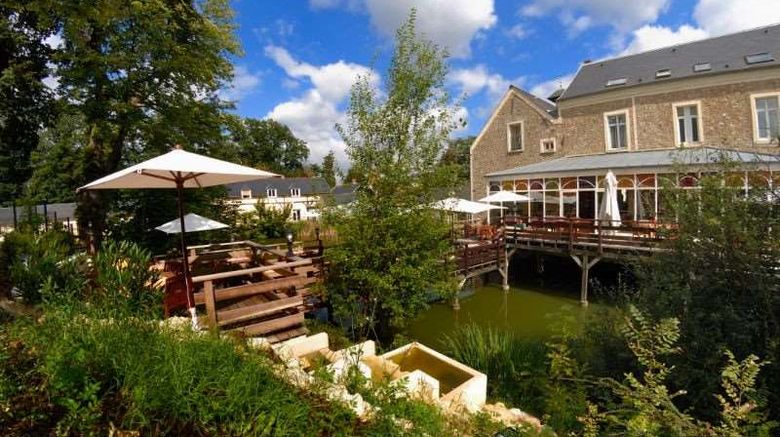 """Auberge Du Manet Exterior. Images powered by <a href=""""http://web.iceportal.com"""" target=""""_blank"""" rel=""""noopener"""">Ice Portal</a>."""