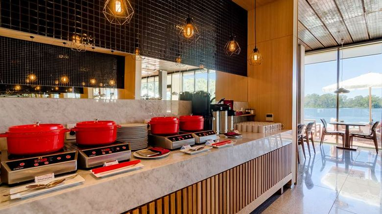 """<b>Hampton by Hilton Montevideo Carrasco Restaurant</b>. Images powered by <a href=""""https://iceportal.shijigroup.com/"""" title=""""IcePortal"""" target=""""_blank"""">IcePortal</a>."""
