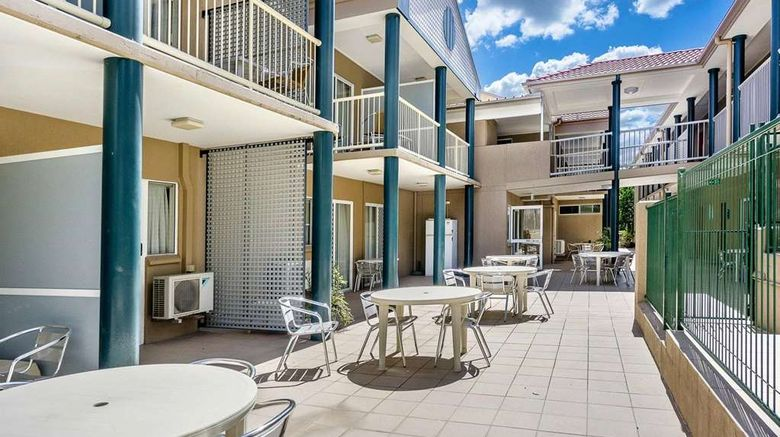 """Toowong Inn  and  Suites Suite. Images powered by <a href=""""http://web.iceportal.com"""" target=""""_blank"""" rel=""""noopener"""">Ice Portal</a>."""