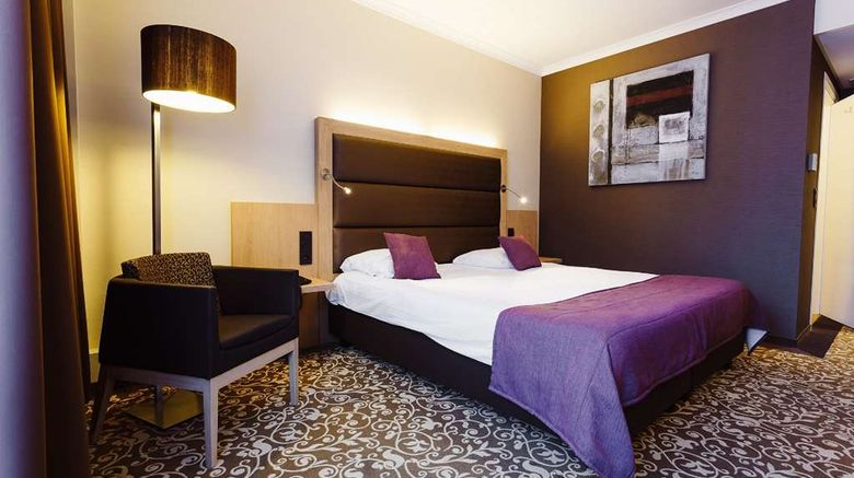 "Van der Valk Hotel Nivelles Sud Room. Images powered by <a href=""http://web.iceportal.com"" target=""_blank"" rel=""noopener"">Ice Portal</a>."