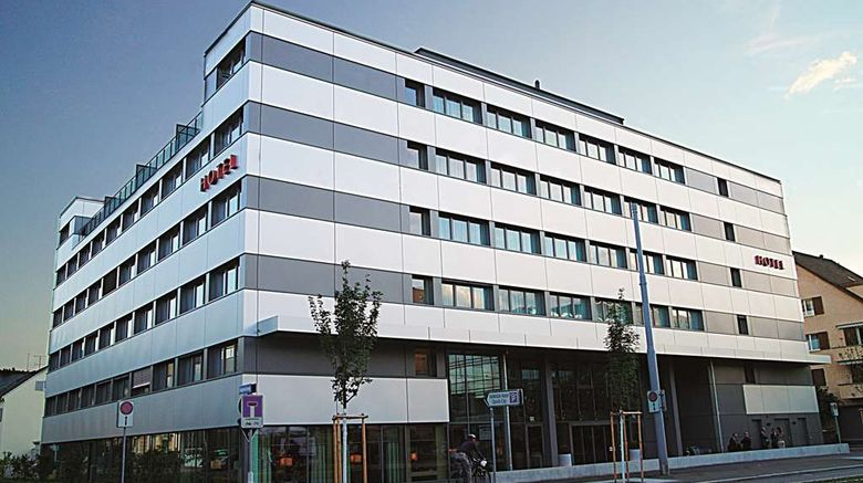 """H Plus Hotel Zurich City Exterior. Images powered by <a href=""""http://web.iceportal.com"""" target=""""_blank"""" rel=""""noopener"""">Ice Portal</a>."""