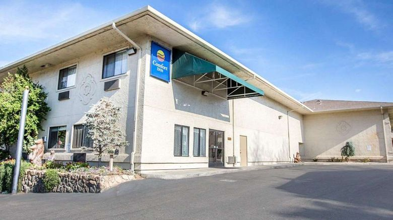 """Comfort Inn Yosemite Area Exterior. Images powered by <a href=""""http://web.iceportal.com"""" target=""""_blank"""" rel=""""noopener"""">Ice Portal</a>."""