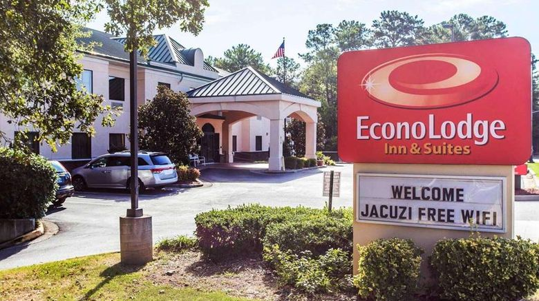 """Econo Lodge Inn  and  Stes Exterior. Images powered by <a href=""""http://web.iceportal.com"""" target=""""_blank"""" rel=""""noopener"""">Ice Portal</a>."""
