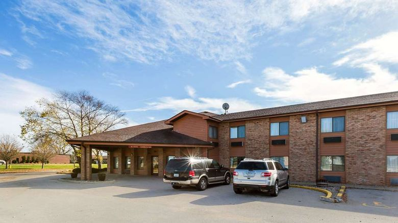 """Quality Inn Storm Lake Exterior. Images powered by <a href=""""http://web.iceportal.com"""" target=""""_blank"""" rel=""""noopener"""">Ice Portal</a>."""