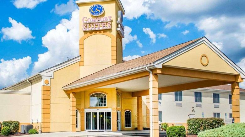 """Comfort Suites Waldorf Exterior. Images powered by <a href=""""http://web.iceportal.com"""" target=""""_blank"""" rel=""""noopener"""">Ice Portal</a>."""