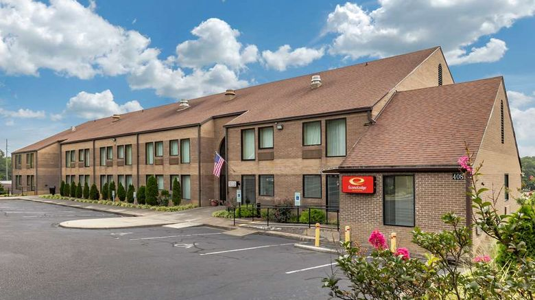 """Econo Lodge  and  Suites Exterior. Images powered by <a href=""""http://web.iceportal.com"""" target=""""_blank"""" rel=""""noopener"""">Ice Portal</a>."""