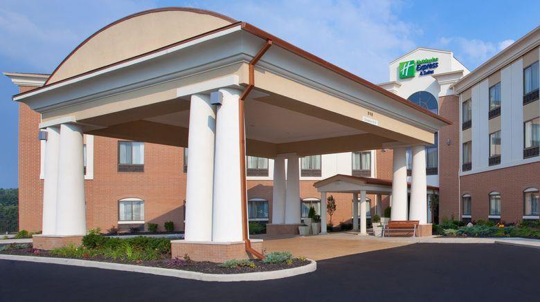 "Holiday Inn Express/Stes Akron Reg Arpt Exterior. Images powered by <a href=""http://www.leonardo.com"" target=""_blank"" rel=""noopener"">Leonardo</a>."