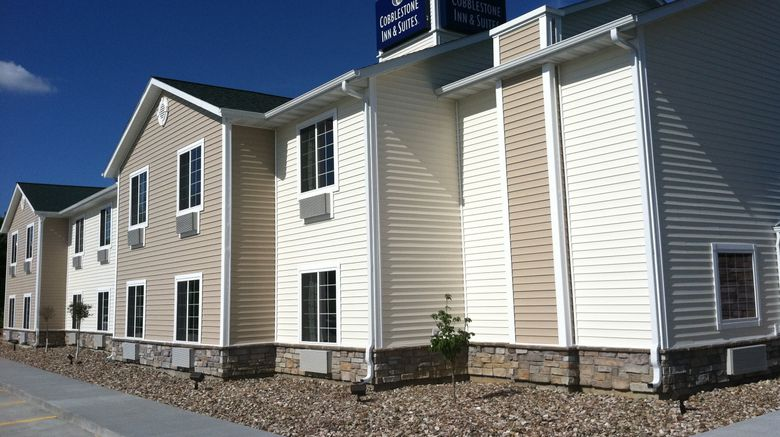 "Cobblestone Inn  and  Suites Bloomfield Exterior. Images powered by <a href=""http://www.leonardo.com"" target=""_blank"" rel=""noopener"">Leonardo</a>."