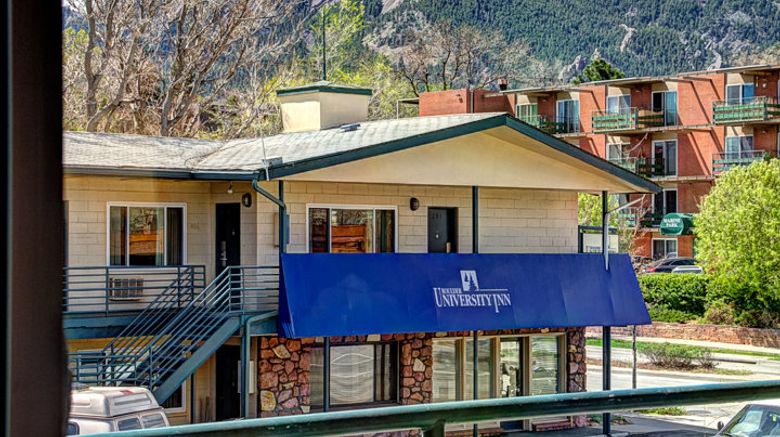 """Boulder University Inn Exterior. Images powered by <a href=""""http://www.leonardo.com"""" target=""""_blank"""" rel=""""noopener"""">Leonardo</a>."""