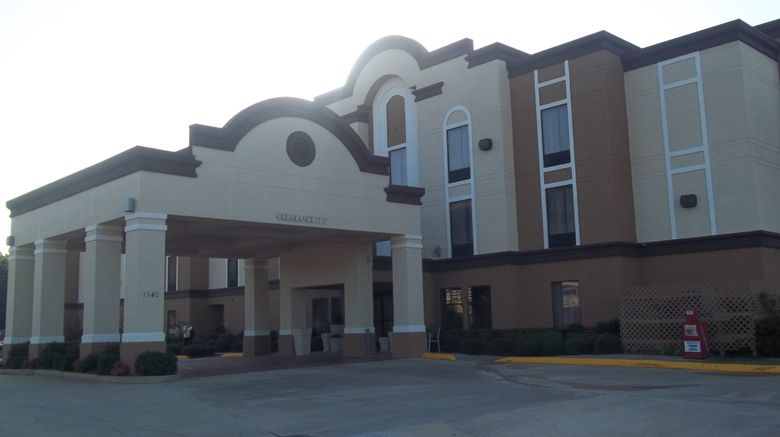 """Holiday Inn Express  and  Suites Grenada Exterior. Images powered by <a href=""""http://www.leonardo.com"""" target=""""_blank"""" rel=""""noopener"""">Leonardo</a>."""