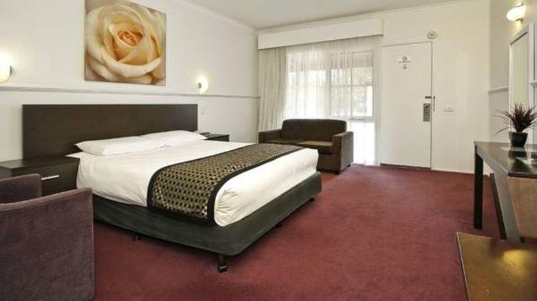 "Rowville International Hotel Room. Images powered by <a href=""http://www.leonardo.com"" target=""_blank"" rel=""noopener"">Leonardo</a>."