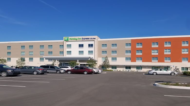 """Holiday Inn Express  and  Suites Tampa Exterior. Images powered by <a href=""""http://www.leonardo.com"""" target=""""_blank"""" rel=""""noopener"""">Leonardo</a>."""